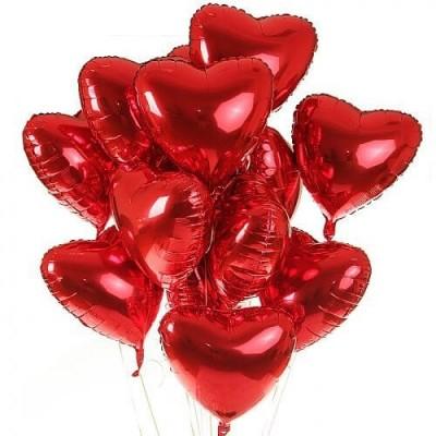 Связка красных фольгированных сердец 12 штук